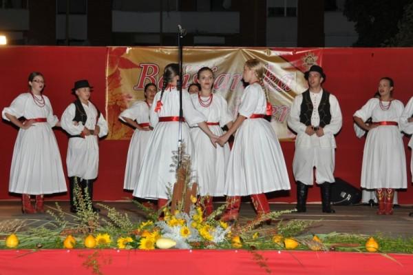 10-smotra-folklora-Belisce