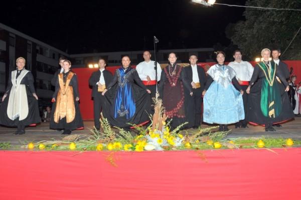 9-smotra-folklora-Belisce